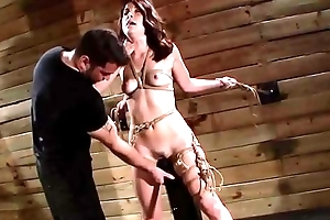 Kinbaku sex slave toyed