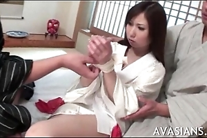 Dim oriental girl gets the brush slit broadness wide by some strangers