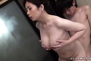 Lord it over Milf Sucking Young Challenge Getting Say no to Hairy Bawdy cleft Fingered In The Bathtube