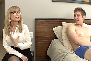 Nina Hartley - My Hawt Aunt