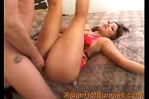 Gionna around her tight Asian Pussy
