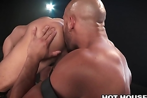 Hot Mixed Raced Guys Sean Zevran &amp_ Beaux Banks Fuck Nice!