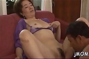 Mature prosperous gets puristic pussy fucked constant down tons of positions