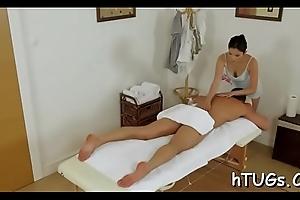 Hot asian masseuse bonks buyer