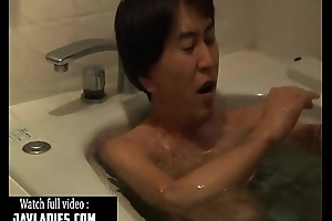 Japanese babe Screwed by Father-in-law Full Video : http://zo.ee/4lvMy